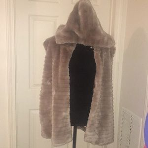 231e74f45e8 Ashley Stewart crinkled gauze duster Jacket Large.  6  0. Faux Fur Vest